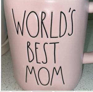 Rae Dunn WORLD'S BEST MOM Mug